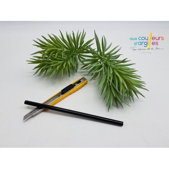 Crayon sous émail noir 1250°